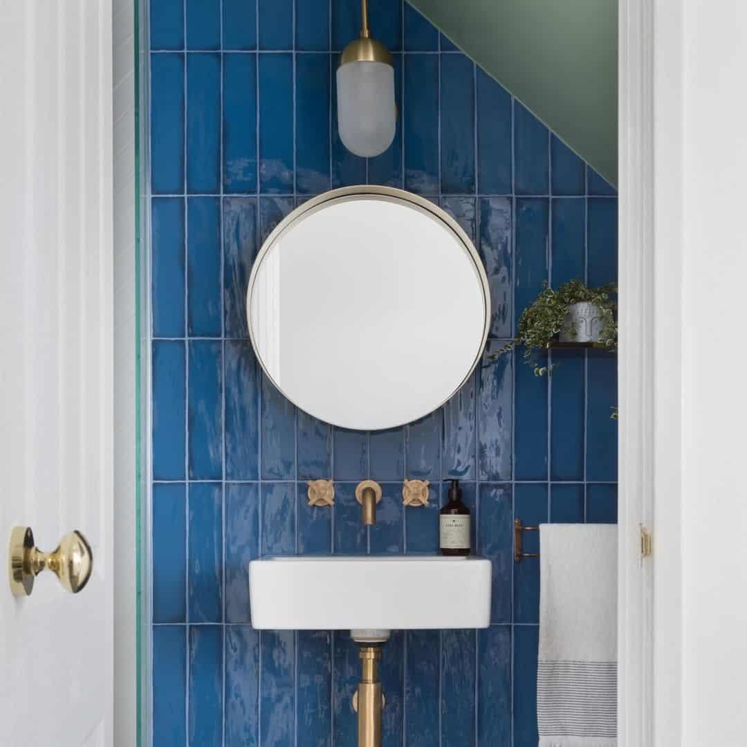 синяя-ванная-комната
