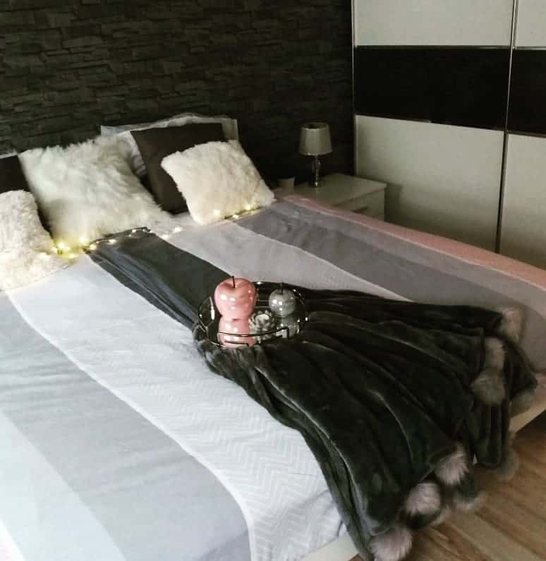 черно-белый-интерьер-спальни