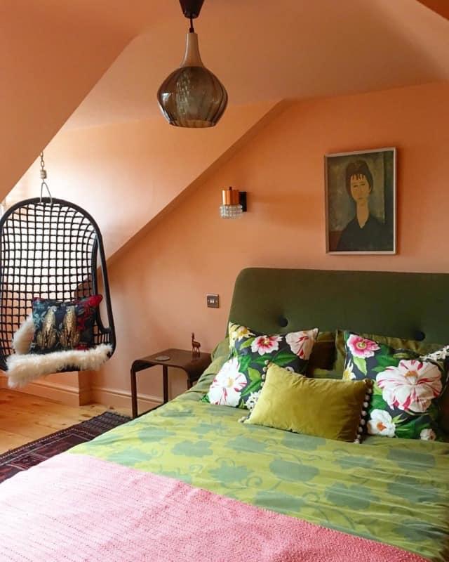 интерьер-спальни-в-стиле-лофт