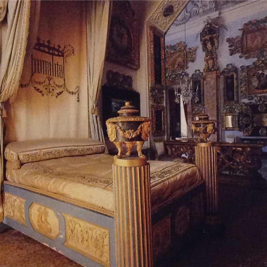 итальянские-спальни-в-современном-стиле