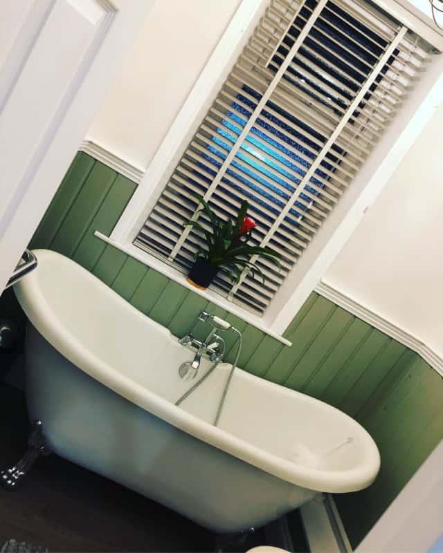 плитка-в-английском-стиле-для-ванной