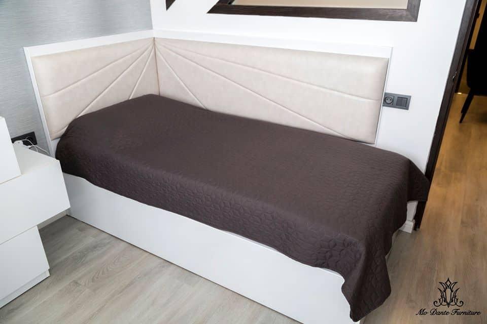 Спальня-2019-тренды-в-дизайне-Интерьер-спальни-фото-2019-современные-идеи-обои-и-шторы