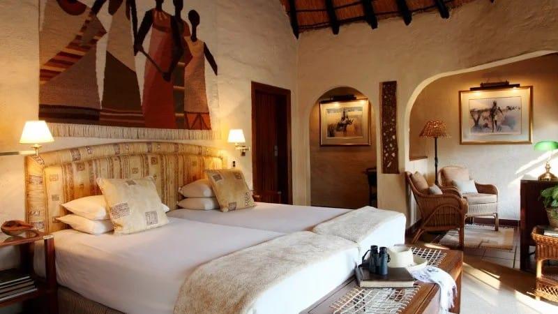 Африканский стиль в интерьере спальни