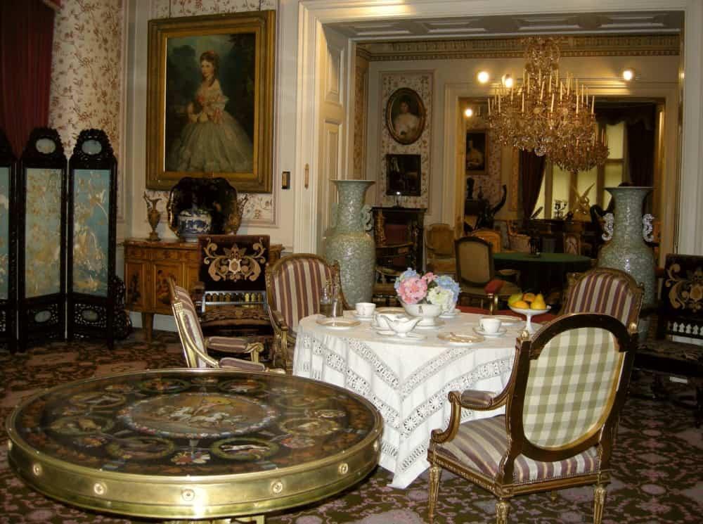 Викторианский стиль в интерьере: мебель