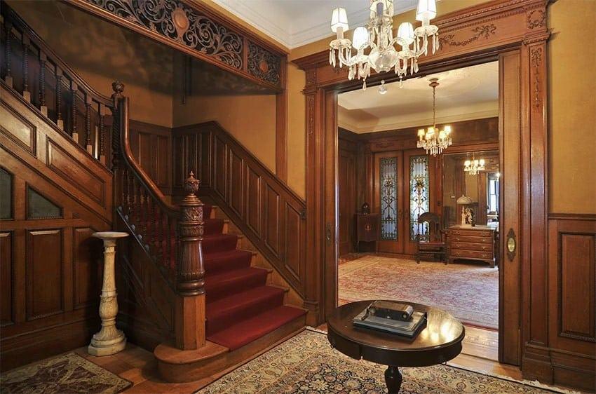 Викторианский стиль в интерьере: лестница
