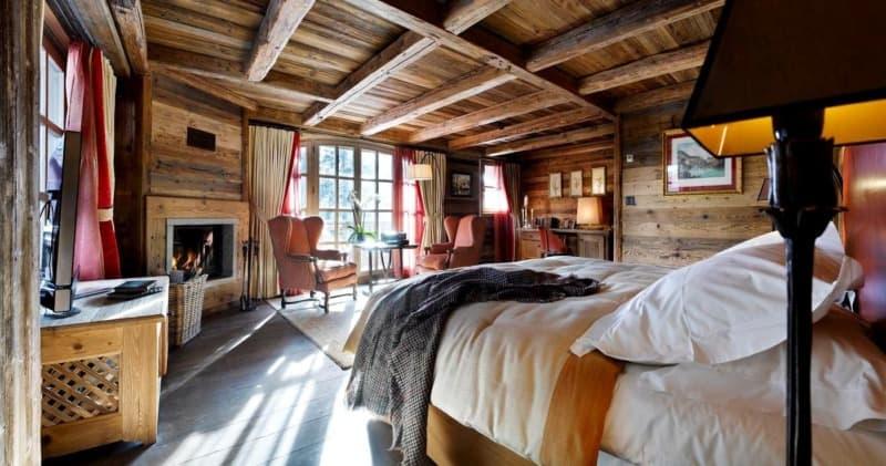 Стиль шале в интерьере: спальня